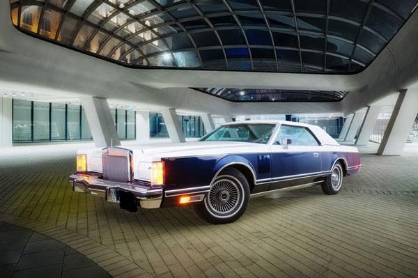 Коли под наем Лимузина Lincoln Continental Mark V Brone.bg