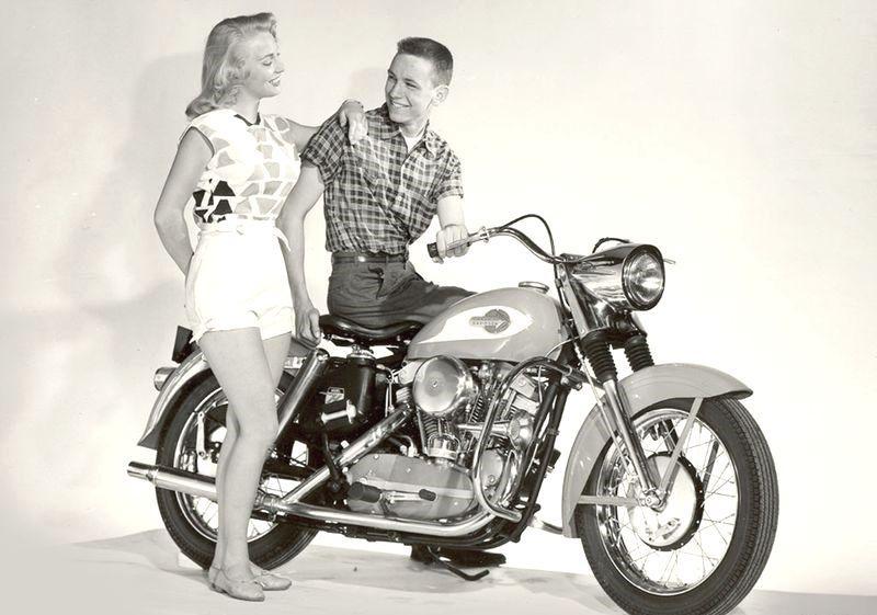 Old ad for Harley-Davidson | Brone