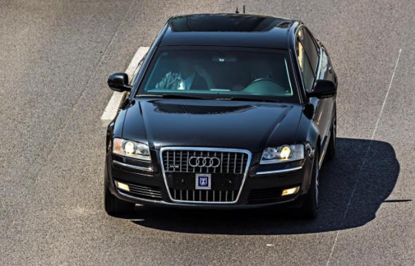 От какво ни предпазва бронираният автомобил?
